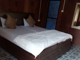 Avelina Guest House Room 8 Standard Sea View Room