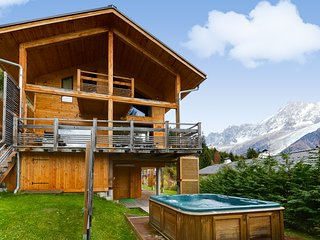 Modern environmentally friendly chalet with a fantastic view, Les Houches