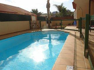 Preciosa Villa con jardín y piscina privada