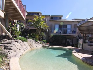 16 Pt Lookout Beach Resort, Point Lookout