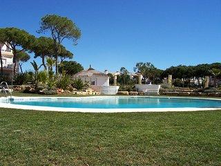 Chalet, 7 personas, piscina, cerca de la playa., El Portil