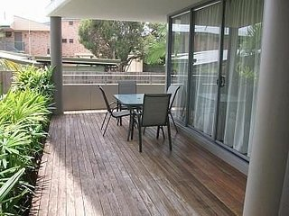 Ground floor air conditioned unit with pool - 3/133 Welsby Pde, Bongaree
