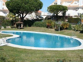 Chalet, 3 dormitorios, piscina, cerca de la playa
