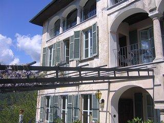 Beautiful 18th century villa with amazing views over Lake Orta!