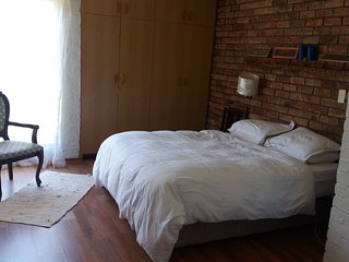 Beautiful family holiday home in tranquil Cape Town Northern suburbs, Durbanville