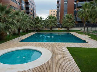 3A PISO DE LUJO CON PARKING + PISCINA + GYM