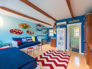 PECKK - Cute In-town Efficieny Located at Causeway Harboview Complex, Vineyard Haven