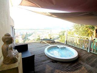 Vue panoramique - Mer/Ville/Montagne - Jacuzzi