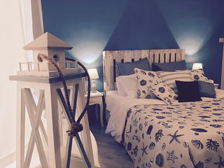 The Lighthouse - Private Accomodation, Salerno