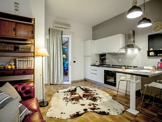 Delizioso appartamento immerso nel verde - Lovely flat surrounded with greenery, Rome