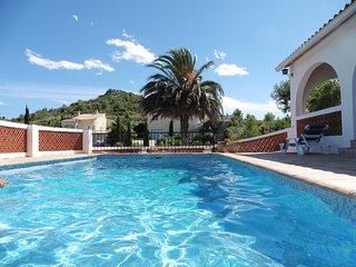 Costa blanca ,Oliva , villa 6 pers,3 ch,  piscine privee, vue mer,clim,wifi