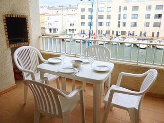 Apart-rent (0166) Apartamento al canal en Empuriabrava