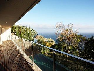 Villa Garajau - rates based on 4 guests