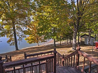 Cadiz House w/ Waterfront Deck on Lake Barkley!