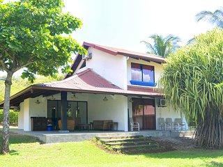 Ocean Front Villas Estival #1, Playa Flamingo