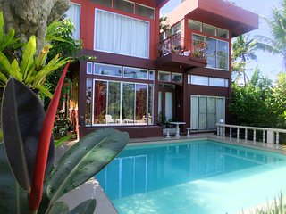 7 Bedroom Villa and Balinese huts