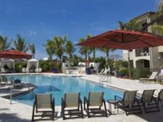 April Special Offer Apartment in Doral for couple or family
