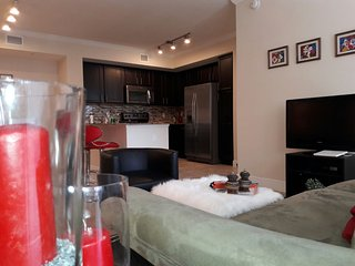 April Special Offer Cozy Apartment Doral for 4 or 6 pax.
