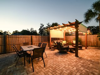 12 Min from the Beach and 20 Min to downtown, Largo