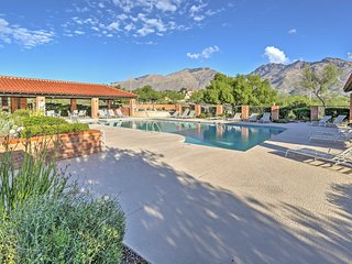 3BR Tucson Townhouse w/Desert Mountain Views!