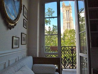 Real city center charming 2 bedrooms