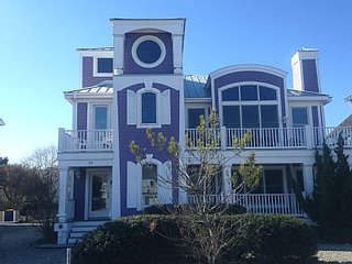 Purple House 30 Yds to Beach  Sleeps 19, Bethany's Premier Rental, 7 bds 6.5ba, Bethany Beach