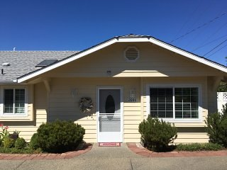 Sheri's Cottages 2048, Grants Pass