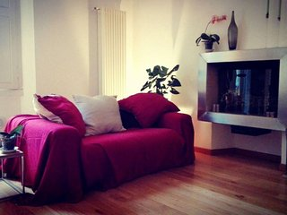 Spacious Central Station Charming apartment in Stazione di Milano Centrale with, Milán