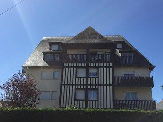 Deauville, vaste et beau Duplex en 3 pièces, 4/5 personnes, Plage à 5mns à pied