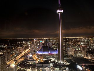 Luxury CN Tower View, Toronto