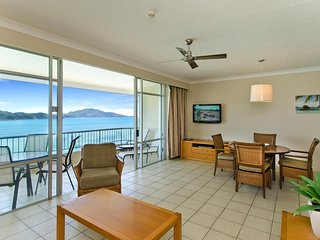 Top Floor Beachfront Apartment on Hamilton Island, Isla de Hamilton