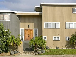 2BR, 1BA Del Mar House w/ Enclosed Yard Near Beach and Horse Park