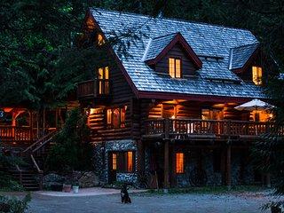 Classic Log Chalet, Whistler