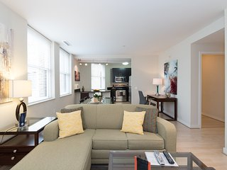 Luxury 2 BR Apartment at The Woodward - 1 block from The White House [1375ST]