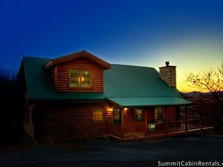 Appalachian Sunset ~ RA131395, Sevierville