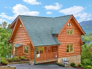Wahoo Lodge  ~ RA128829, Sevierville