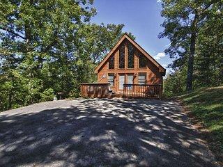 Gnarled Oak ~ RA131408, Sevierville