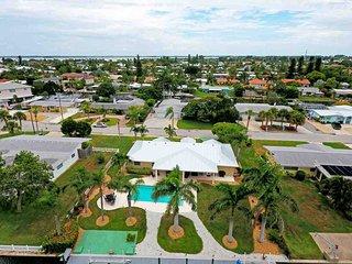 Palm Paradise 518 71st ~ RA90159, Holmes Beach