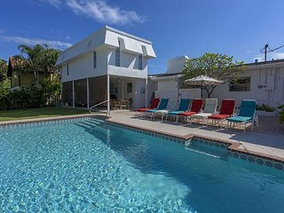 The Madison in Coral Ridge – Private Pool & Ample Outdoor Living. Sleeps, Fort Lauderdale