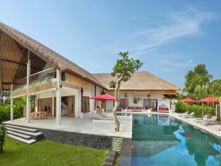 Beachfront Luxury North Bali