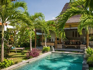 4Bed Villa Near Oberoi, Very Central, Kuta