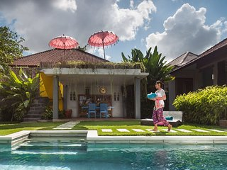 Tropical Quirky Villa Umalas / Seminyak