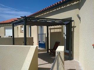 Villa 3ch, 2 SdB terrasses vue panoramique montagne, proche plage & site plongee