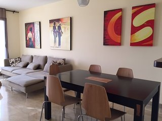 Amazing Apartment Duquesa Village