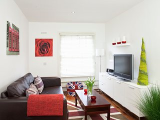 Marylebone, Marble Arch & Oxford Circus -1 bedroom apt, FREE Wifi by Club Living