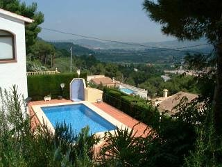3 Bed villa, Alcalali, Jalon Valley, private full size pool, spectacular views