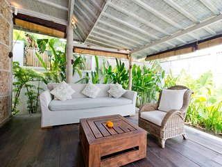 Villa Lay - Charming 2 bd villa perfect location!, Kuta