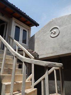 Queen Bedroom Staircase