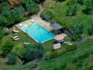 Gorgeous independent  house, in Chianti, with pool