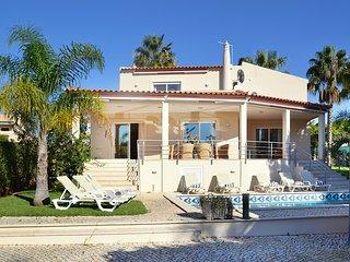 Villa Sara - New!